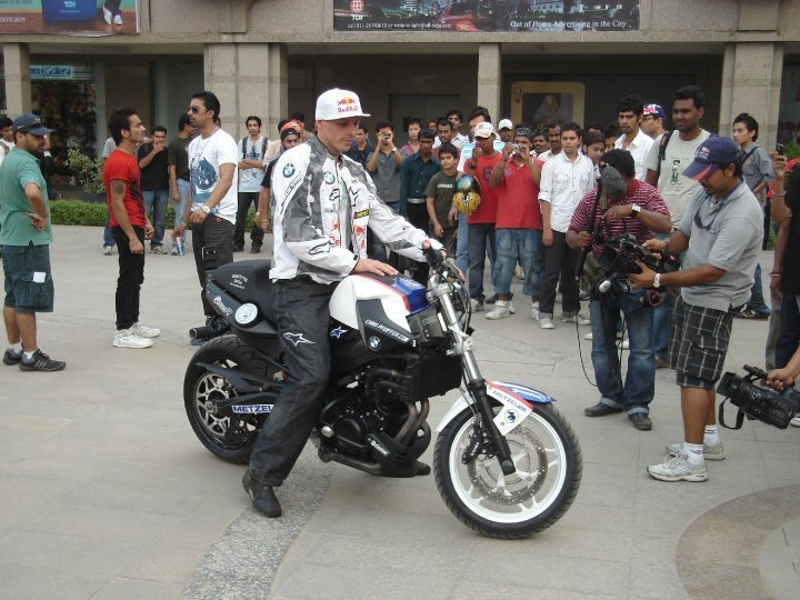2010 Red Bull Chris Pfeiffer India Tour_Delhi (8)